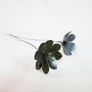 ブリキの花、再び。