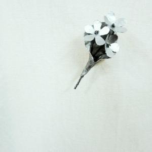 アルミの花のミニミニブーケブローチ