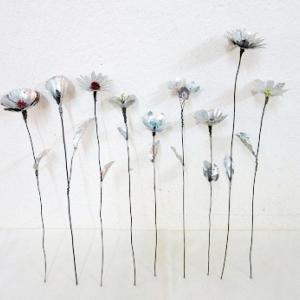 アルミとビーズの花・葉付き