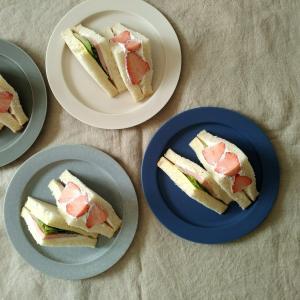 週末のサンドイッチと珈琲と、マリメッコの日本限定発売開始。