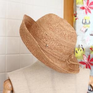 夫のシドニー長期出張のお土産~ヘレンカミンスキーの帽子~