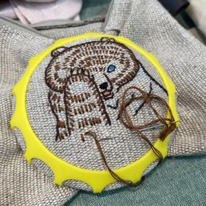 クロバーさんの展示会で見つけた画期的な刺繍枠「ステッチドーム」とお土産「ヤーンラベル」