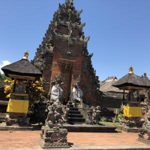 観光案内に便利なバトワン寺院