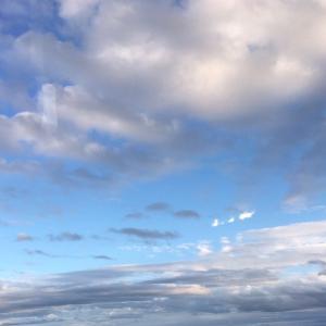 雲の上につづく階段