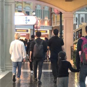 リョウク、RYEOGITの撮影のためにマカオ散歩