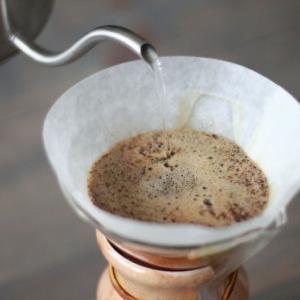 1日2杯以上コーヒーを飲む高齢者は肺炎が少ない~ヘルスデーニュース~