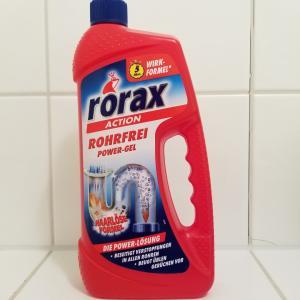 【ドイツ人は掃除好き?】掃除グッズのスタメン「排水パイプ洗浄剤」と「床拭きシート」