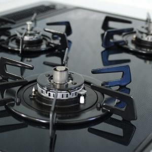 ガスコンロの立ち消え安全装置や温度センサーの役割と解除方法
