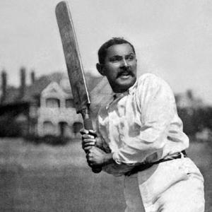 伝説的インド人クリケット選手と「英国スゴイ神話」
