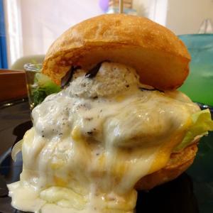 大阪 milia burger 5周年