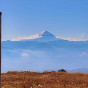 小楢山|難易度の低い焼山峠ルートから紅葉登山に挑戦!