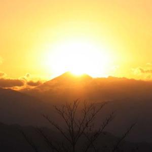 ダイヤモンド富士|高尾山から見る富士山の真上に沈む奇跡の絶景!幻想的な絶景に感動!