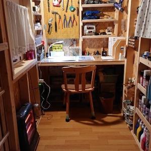 自作の小屋づくり ~内装と道具整理~