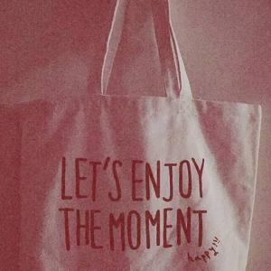 Let's enjoy the moment😊👜