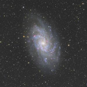15cm屈折で撮ったM33銀河