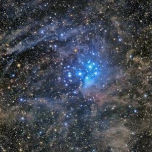 M45周囲の分子雲