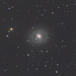 くじら座のM77銀河