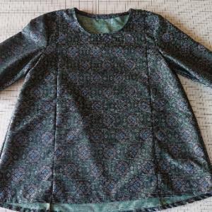着物布でプルオーバー