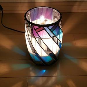 怪しいほどに神秘的なランプのお写真。