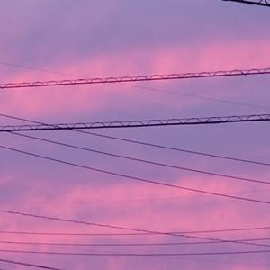 パープルのボーダーの夕焼け空
