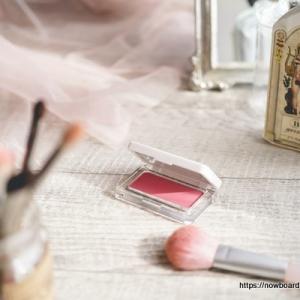 rms beautyのプレスドブラッシュのクラッシュドローズ ― 可憐な色気のあるチーク使ってみました【アールエムエス ビューティー】