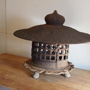 名古屋市 灯籠 買取 鉄灯篭 出張買取 MUKKU 信楽 狸 蛙 買い取ります