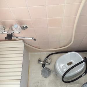 浴室の混合水栓を交換