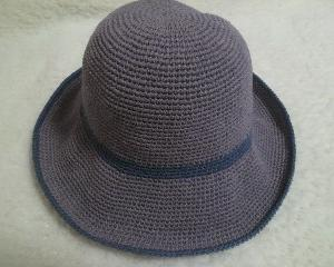 帽子を編みました
