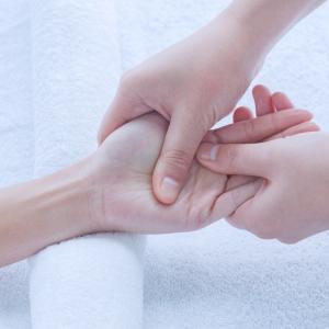 人の手が持つチカラ