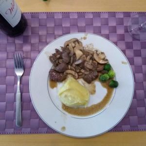 夫の手料理「HIBACHI」ステーキ