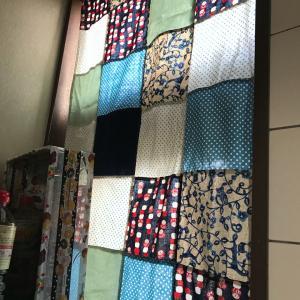 あまり布でカーテンを作る  今年作った布物