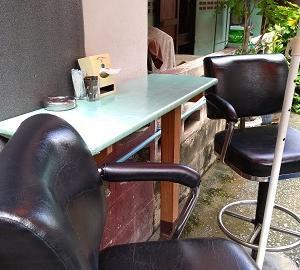 ソイハニーの小さなカフェに引っ込む【パタヤのカフェ】
