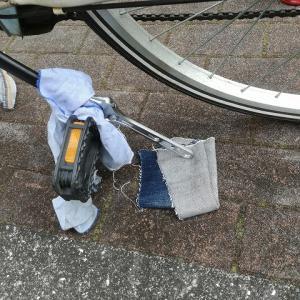 激安自転車(ママチャリ)のペダルを交換