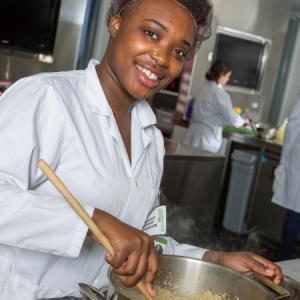 トロント有名センテニアルカレッジ:食品&栄養のマネジメントプログラムって?