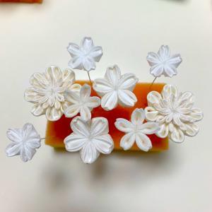 桜の髪飾り。