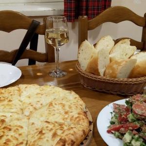 [ジョージア]ジョージアの主食ーパン(ショティ、トニスプリ、ムチャディ)