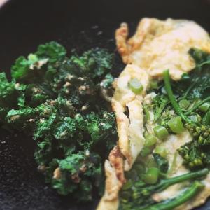 カレッツとブロッコリーのお惣菜