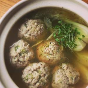 ごろごろ肉団子のスープとチャーハンの献立