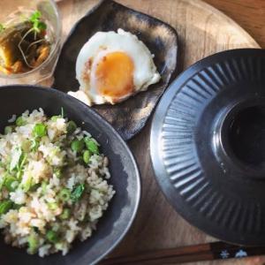 檸檬胡椒入り☆ツナとクレソンの豆腐鍋とねぎと枝豆の香菜の炒飯の献立