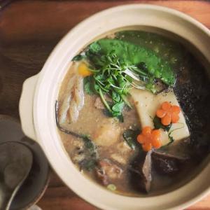 牡蠣いり味噌鍋雑煮鍋