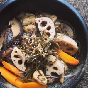 出汁の出がらしと野菜の煮つけ