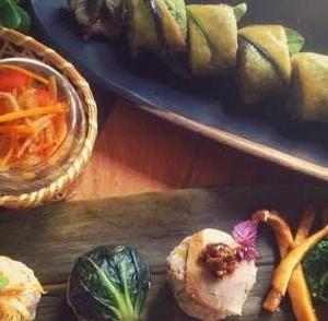 茄子と胡瓜の手綱寿司と三彩手毬むすび
