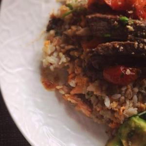 塩麹ビーフステーキ炒飯のプレート