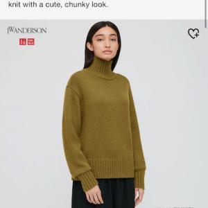 ユニクロの服のサイズは日本とカナダで違うみたいです。