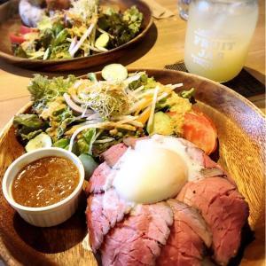 「087cafe」でローストビーフ丼ランチ