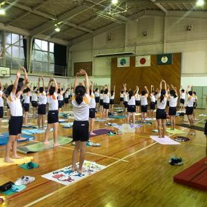 小学校で講演とayanohaボディーワーク