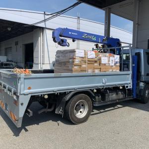 貨物の引き取りと検品・納品