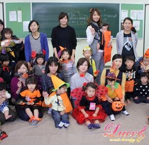 10月の姫路市は播州秋祭り! カラフルなシデ棒は必需品です! 音楽療法セッションにて