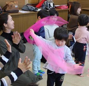 リトミック駅前教室、1/16木曜から受付開始します! ~姫路市リトミック教室~