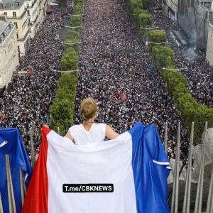 新フランス革命か⁉️ナント11万人の大規模デモ‼️